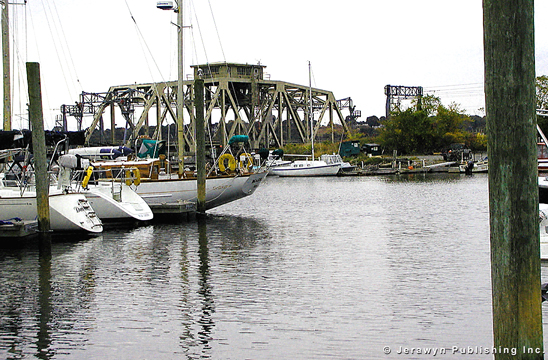 Crocker's Boatyard, New London Harbor/Shaw Cove, New London, CT Thumbnail 17-2692-11.jpg