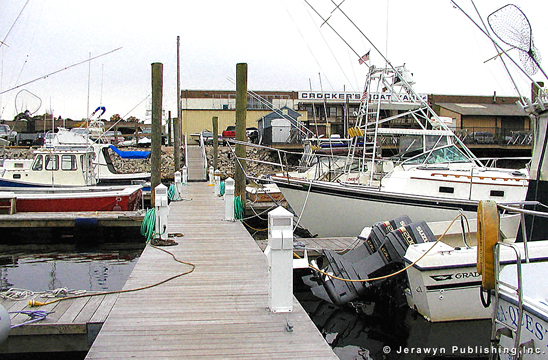 Crocker's Boatyard, New London Harbor/Shaw Cove, New London, CT Thumbnail 17-2692-9.jpg